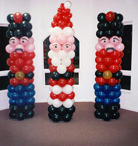 Santa and Soldier Balloon Sculptures
